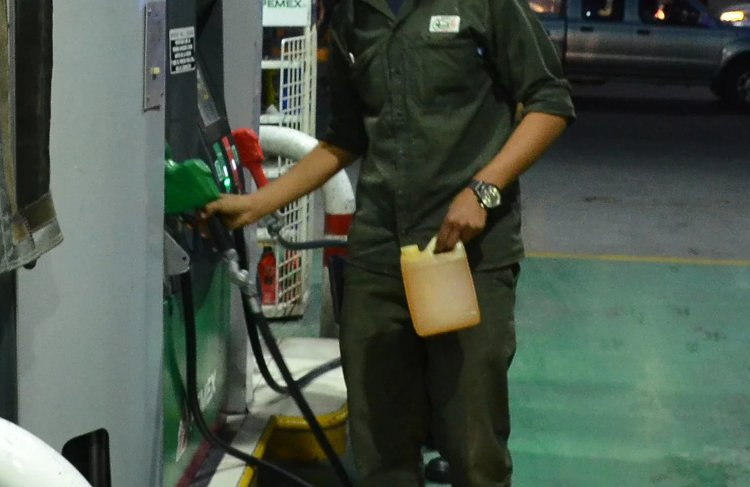 gasolina contaminada agua